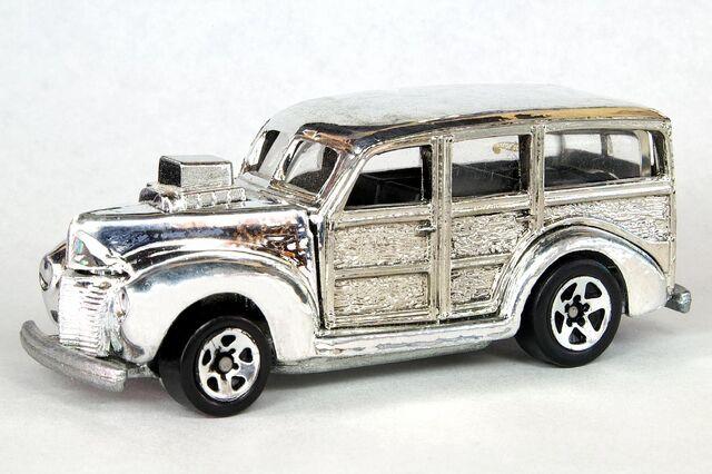 File:Chrome '40's Woodie - 6403df.jpg