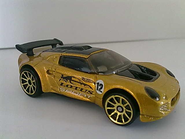 File:LotusSportEliseGold-2004.jpg