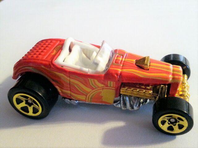 File:Deuce Roadster-Sunburnerz.jpg