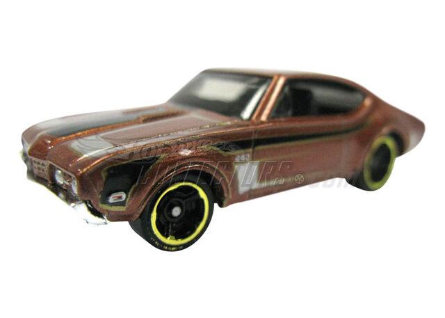 File:'68 Olds 442 2011 Treasure Hunts.jpg