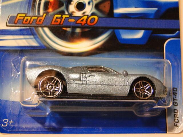 File:FORD GT-40 HOT WHEELS 2005 162.jpg