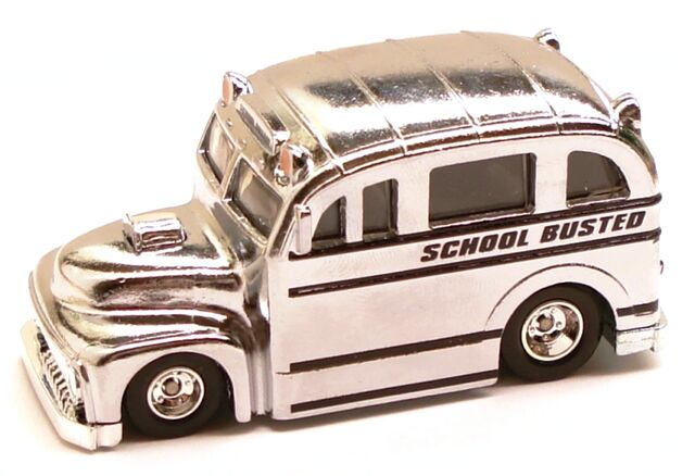 File:Schoolbusted classic chrome chase.JPG