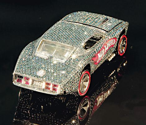 File:Hotwheels jewelled lead wideweb 470x401,0.jpg