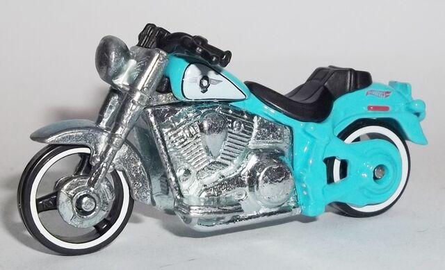 File:HW-2014-209-Harley Davidson Fat Boy.jpg