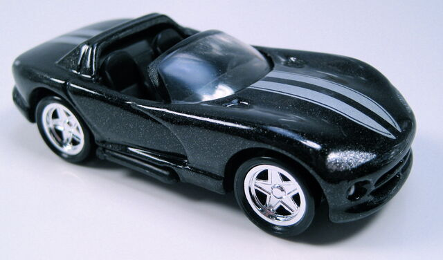 File:Dodgeviperblacksetcar.JPG