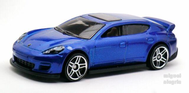 File:Porsche Panamera-2014 040.jpg