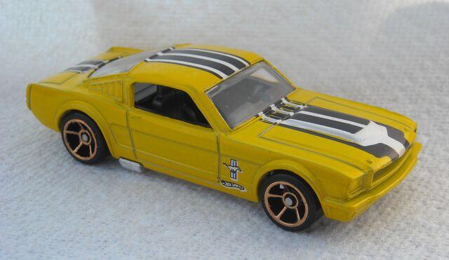 File:65 Mustang Walmart yel 2010.jpg
