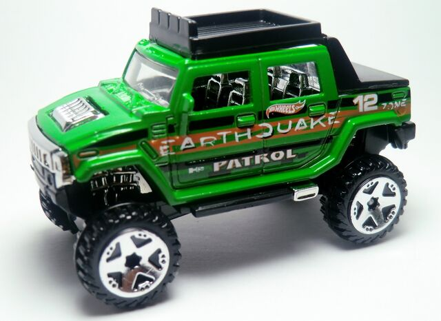 File:Hummer H2 SUT.221 2012 Thrill Racers - Earthquake.jpg