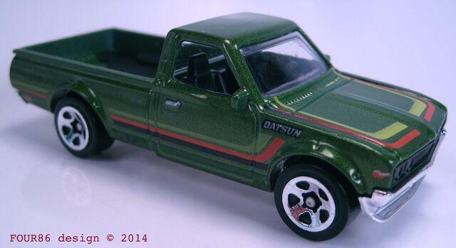 File:Datsun 620 green 2015 hot trucks.jpg