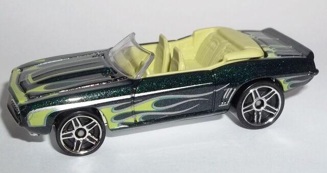 File:HW-2014-213-'69 Camaro-HeatFleet.jpg