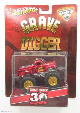 File:Grave Digger-28840 1.jpg