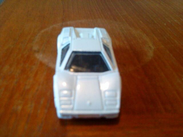 File:Lamborghinicountach25th.JPG