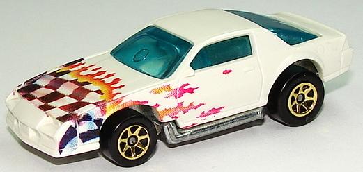 File:80s Camaro Wht7sp.JPG