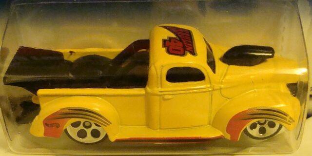 File:1069 '40 Ford Truck.jpg