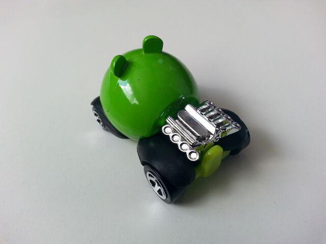 File:Minion Pig rear.jpg