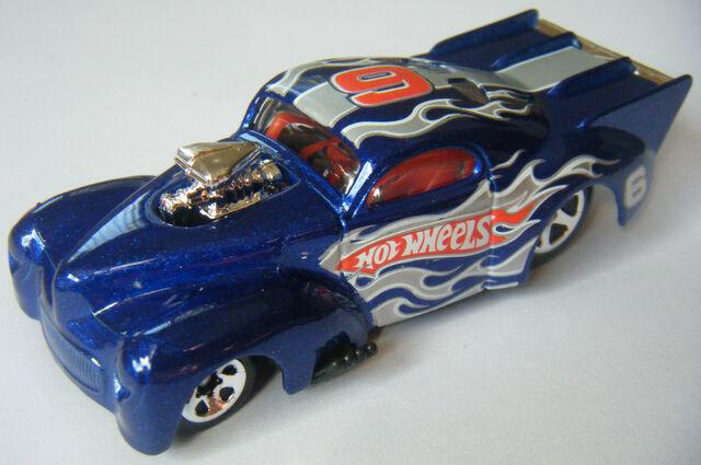 File:41 Willys - 07 Race Team.jpg
