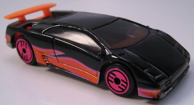 File:Lamborghini Diablo revealers black.JPG