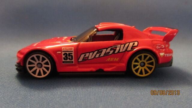 File:Honda S2000-Left Side.JPG