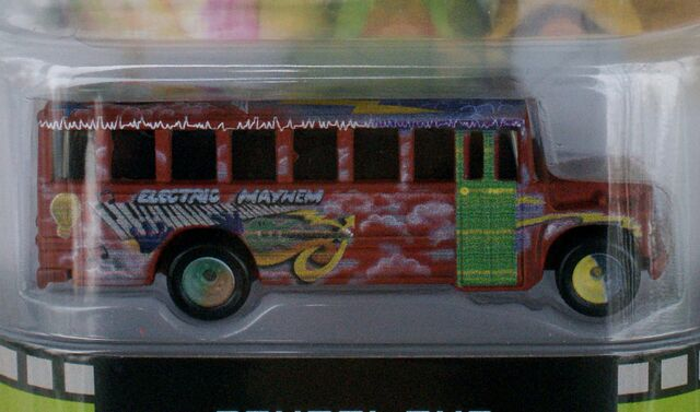 File:Hot Wheels Muppets School Bus - 05158 1df.jpg