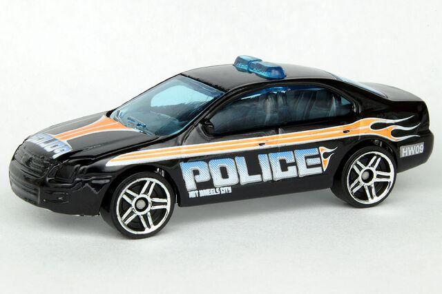 File:Ford Fusion - 9568df.jpg