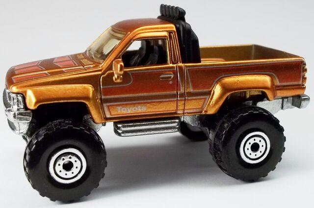 File:Cool Classics--02-1987 Toyota Pickup.jpg