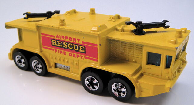File:Airport rescue yellow BW metal HK base.JPG