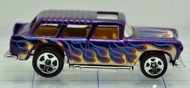 File:55-chevrolet-nomad-purple-flames-hw (2).jpg