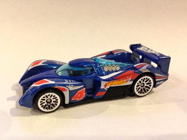 File:2013 HW Racing 24 Ours.JPG