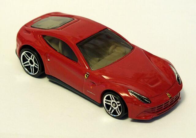 File:2013 Ferrari F12 Berlinetta.jpg