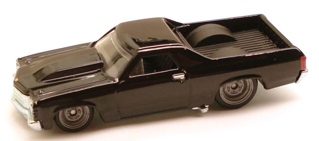 File:71ElCamino Garage Black.JPG