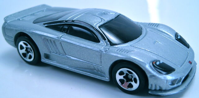 File:Saleen S7 grey 2002 first edtitions 5sp wheels.JPG