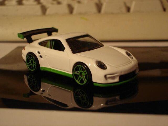 File:Porsche GT2 White Front.JPG