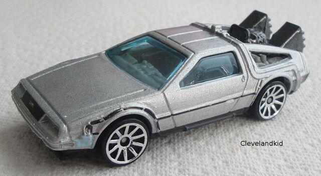 File:2011 BTTF Time Machine Silver.jpg