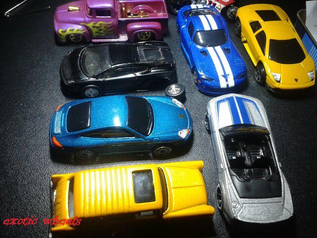 File:Exotic garage (3).jpg