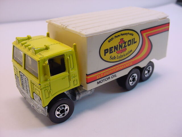 File:1992 Hiway Hauler Yellow Pennzoil.jpg