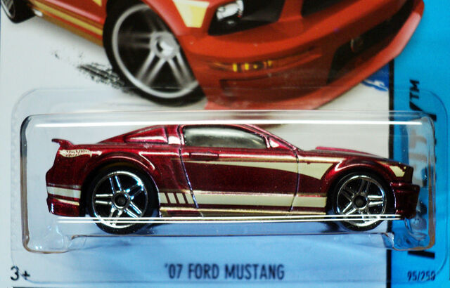 File:Hot wheels - 2014 - 07 ford mustang - detail..jpg