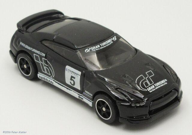 File:2009 Nissan GT-R SpecV-30017 3.jpg