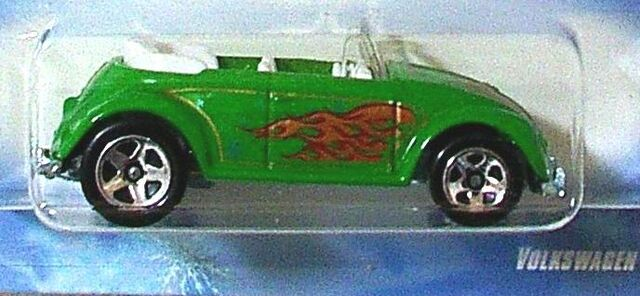 File:VW Beetle Convert. Walmat 08 Holiday.jpg