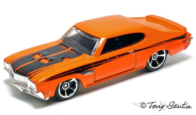 File:70 buick gsx 2010 orange.png