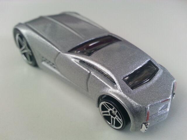 File:Cadillac V-16 Concept (Hardnoze) rear.jpg