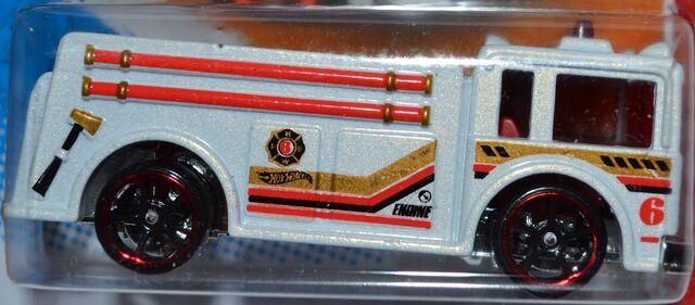 File:Fire eater 002.JPG
