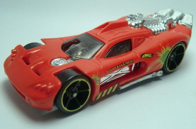 File:Spine Buster 2011 Track Stunts 5-Pack .jpg