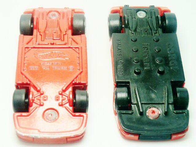 File:Ferrari Testarossa HW corgi.jpg