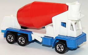 Oshkosh Cement Mixer Wht