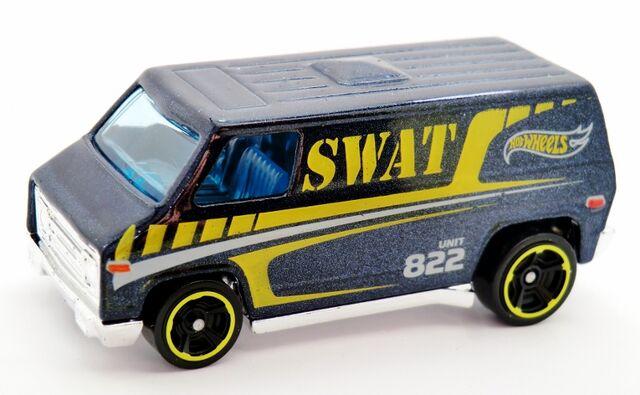 File:'70s Van-2014 049.jpg