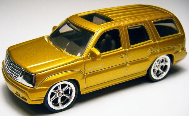 File:Cadillac Escalade - Gold.jpg