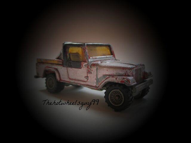 File:Silver Jeep.jpg