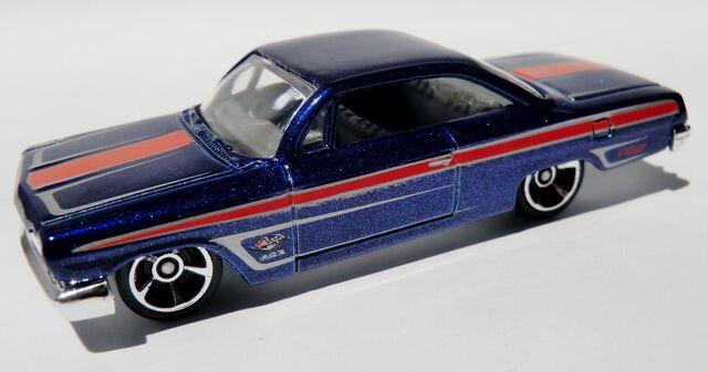 File:'62 Chevy.103 2012 .jpg