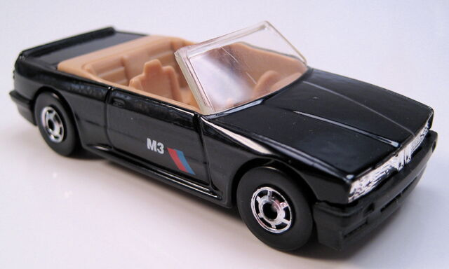 File:BMW 323 black tan int, HO wheels, no plate, black MAL base.JPG