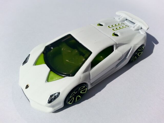 File:Lamborghini Sesto Elemento thumb.jpg